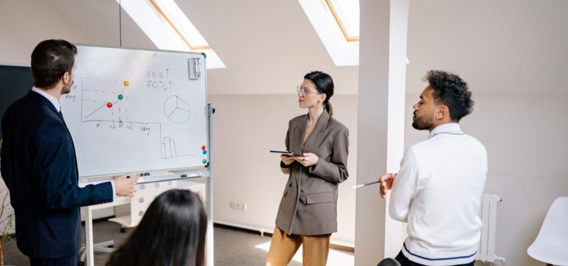 Formations en « intra » ou « inter-entreprise », comment choisir ?